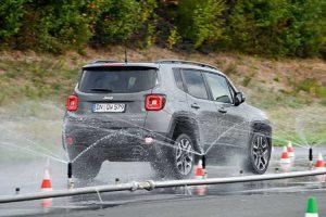 Islak Zemin SUV Lastiği Testi