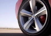 Bir arabada lastik arabanızın güvenli sürüşünü veren mühim parçalarından biridir 2